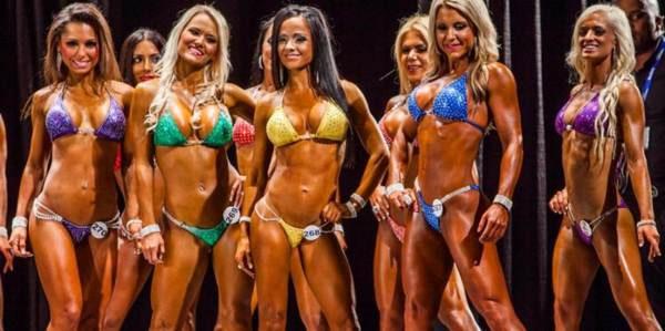 bikini fitness wedstrijd